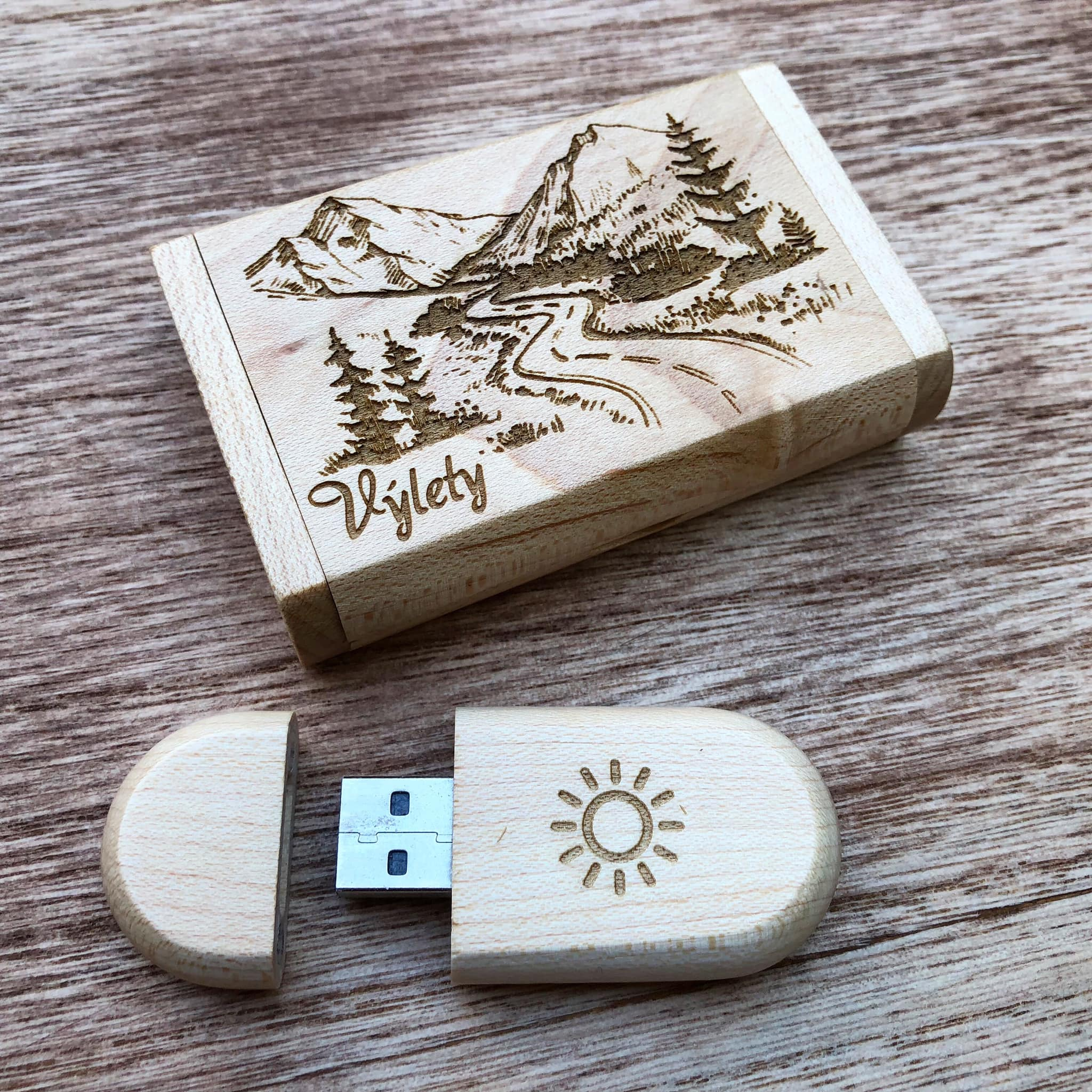 Dreveny USB flash disk Laser King